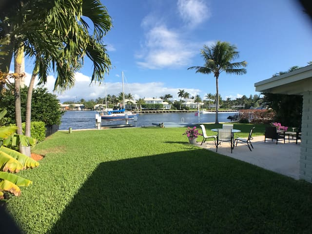 Spectacular Intracoastal Views From Every Room - Delray Beach