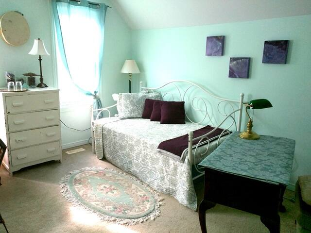 Almonte Cozy Bed and Breakfast
