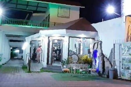 HOSTAL GUALINGO
