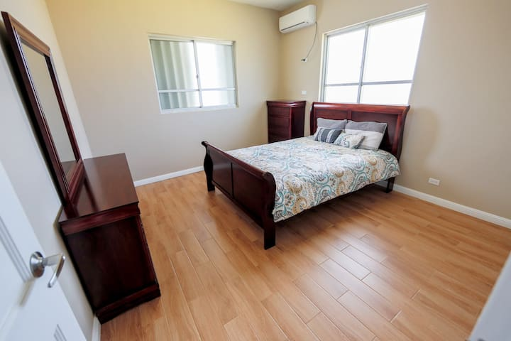 All Renovated Apartment Near GPO - tamuning  - Daire