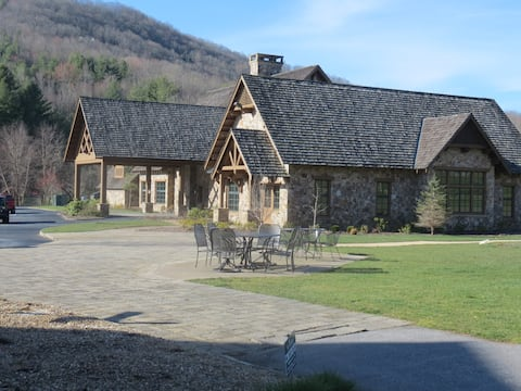 Sky Valley Cabin - Pool, Golf & Relaxing Views