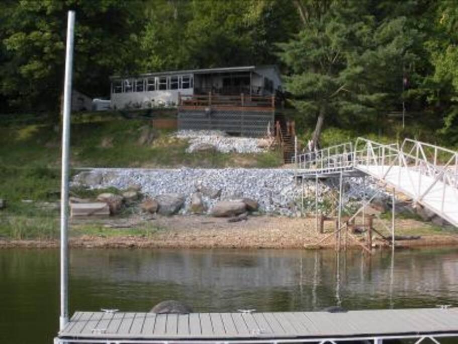 Lake Shore Cabin