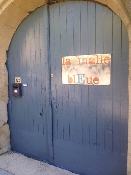 Bienvenue à la malle Bleue!