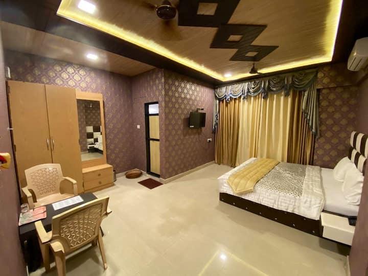 Private hotel room dove residency R2