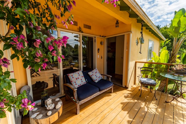 """Charming & energizing stay at """"Le Colibri"""""""