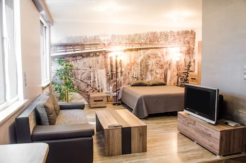 Luxury & affordable flat downtown!