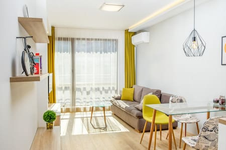 LUXURY APARTMENT IN THE TOP CITY CENTER