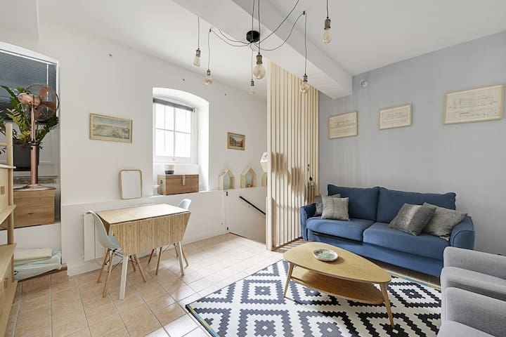 Beautiful studio apt Heart of the Marais Paris 3