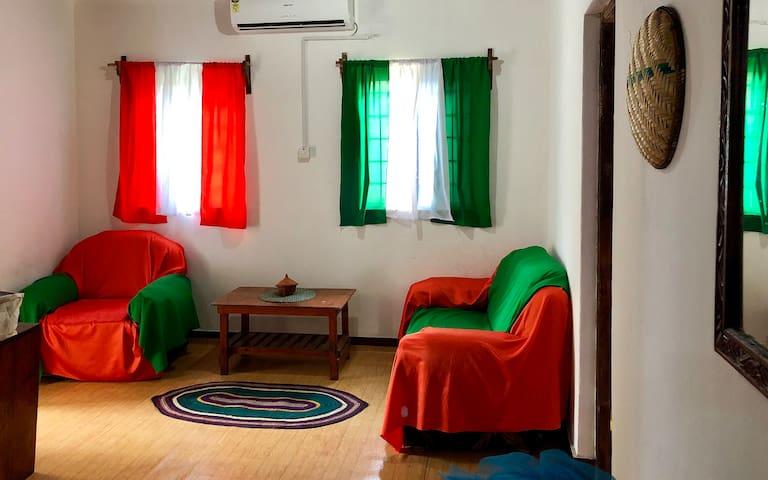 Malaika House (Orange room)