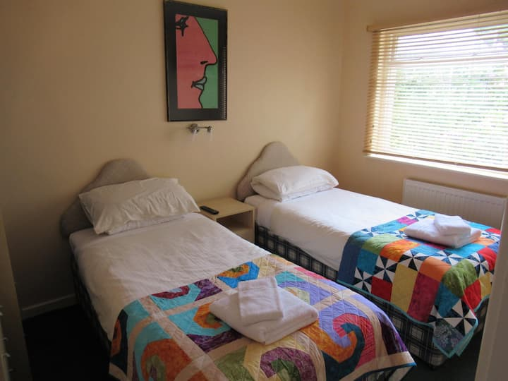 Twin Room at Avoncourt Lodge