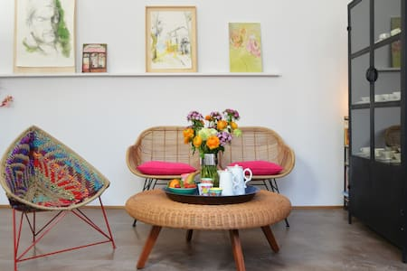 PICOBELLO •Rooms in an artistic design studio• 1 - Calolziocorte - Overig