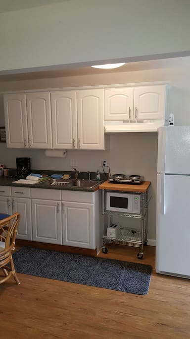 Kitchenette  to prep your meals