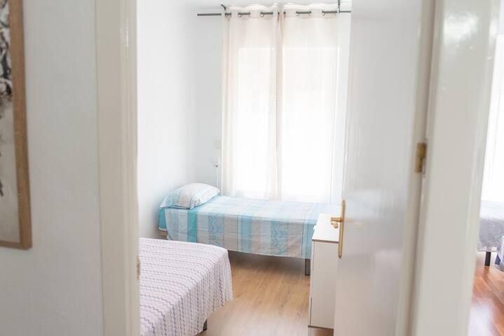 Dormitorio 2 dos camas 90
