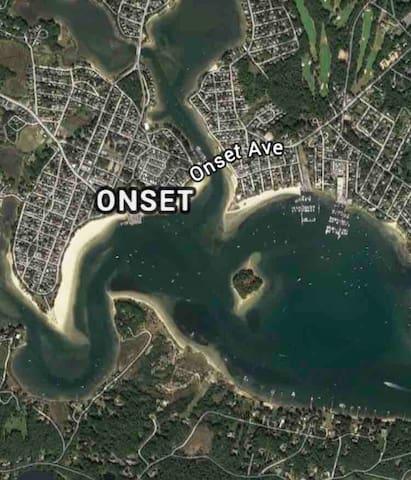 Onset Village Cottage