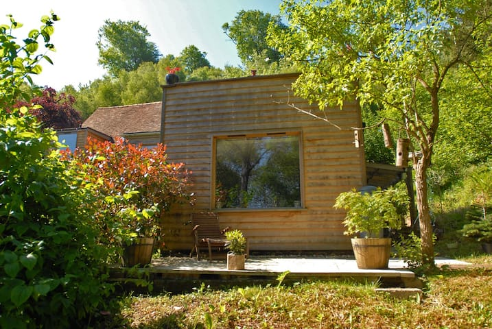 Stylish woodland hideaway - Fittleworth - Daire