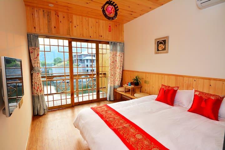 XiaMen OZ Hostel 。小阳台房。环岛路小院。 - Xiamen - House