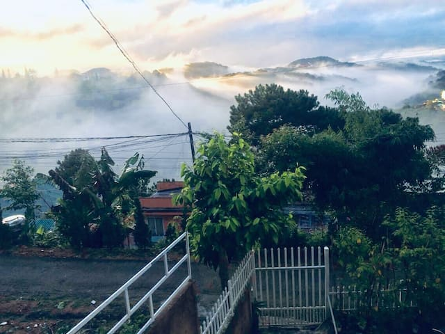 Room with Valley View-5 mins to Xuan Huong lake