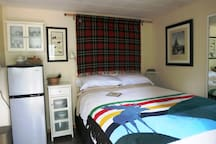 One bedroom suite with one queen bed