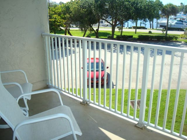 Private balcony view of the Melbourne Harbor, watch for boats and manatee!