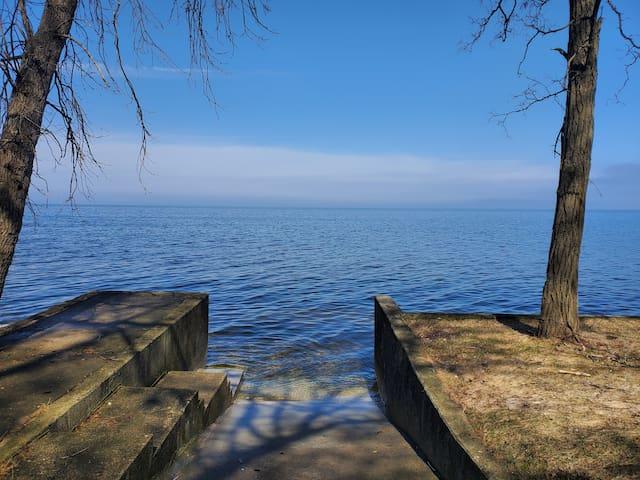 Waterfront GreenBay/Door County 3BR