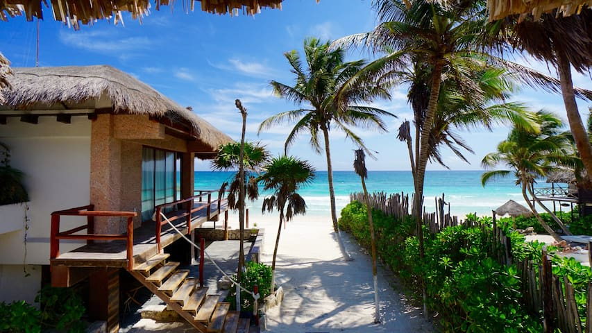Best Beach front property in Tulum!!!! - Tulum - House