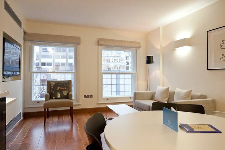 1 Bedroom Apartment Clerkenwell/Farringdon ,EC1