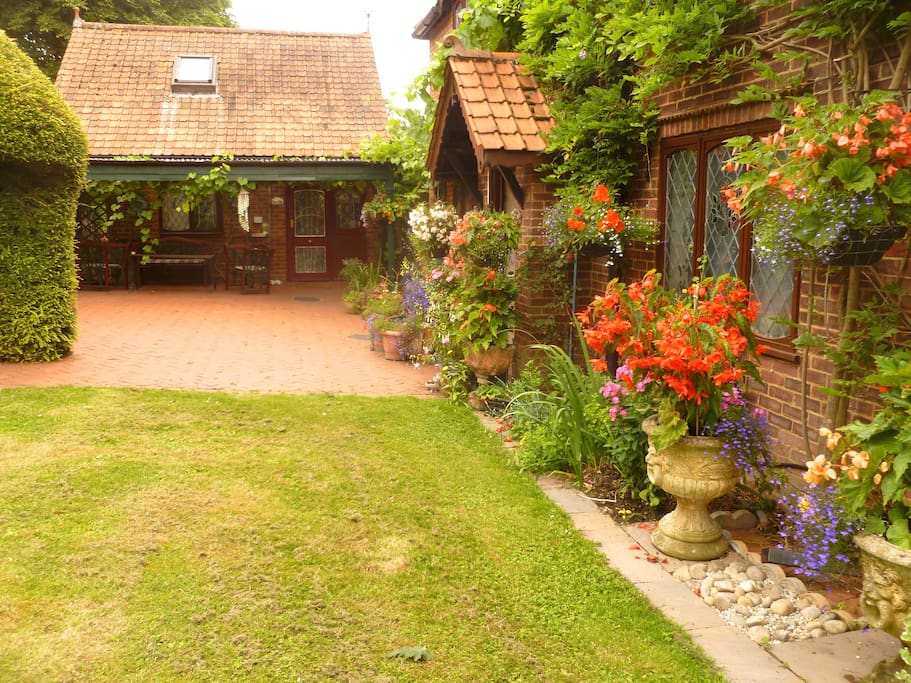 Country cottage near london two meadow view bungalow in affitto a londra inghilterra regno - Posto letto a londra ...