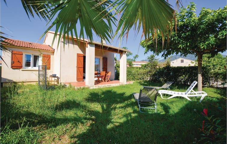 Holiday cottage with 2 bedrooms on 83m² in Prunete