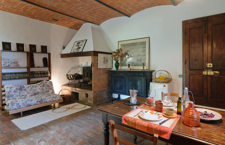 Lovely apartment in old farmhouse