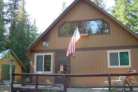 Sugarpine Cabin on Priest Lake - Kabin