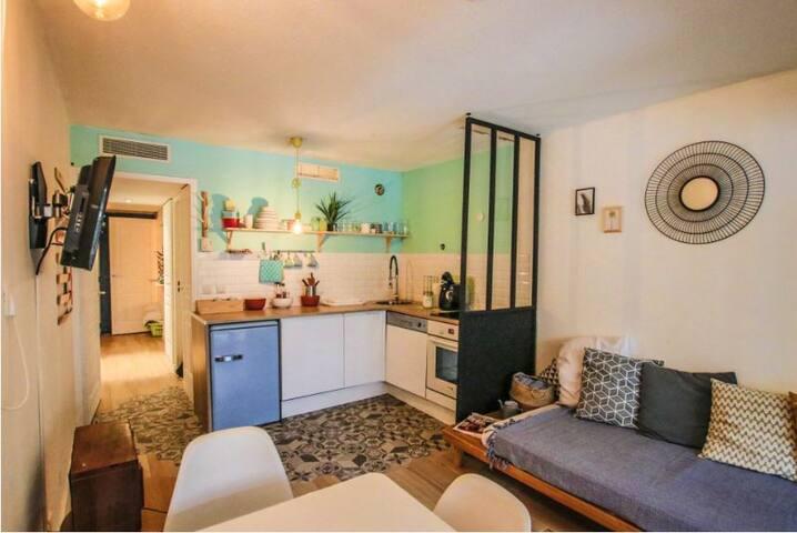 cocoon cannes esprit loft condos zur miete in cannes provence alpes c te d 39 azur frankreich. Black Bedroom Furniture Sets. Home Design Ideas