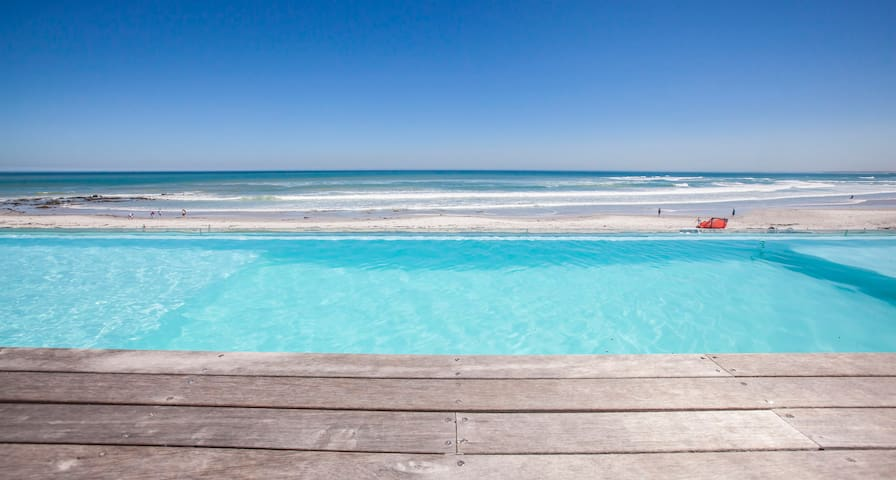 Perfect December Beach Getaway - Cape Town - Talo