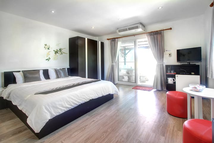 Nice room by beautiful Kamala beach - Kamala Beach - Casa