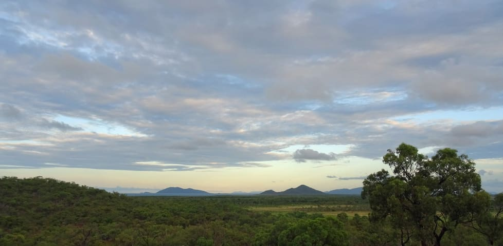 Panoramic views over the Coral Sea