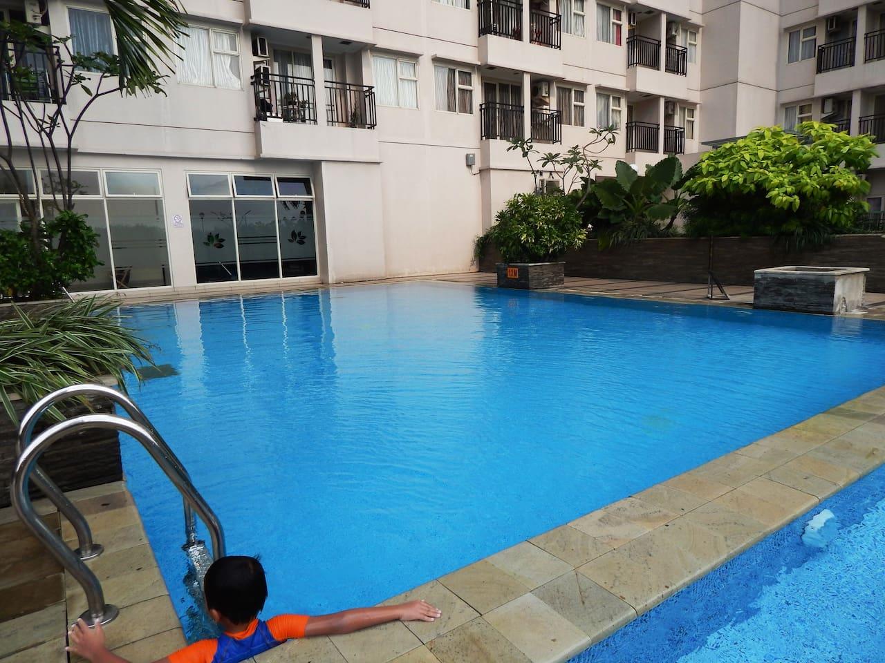 relaxing pools..