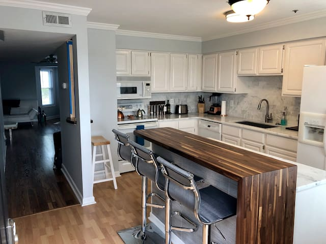 3 Br Townhouse - Downtown Nashville