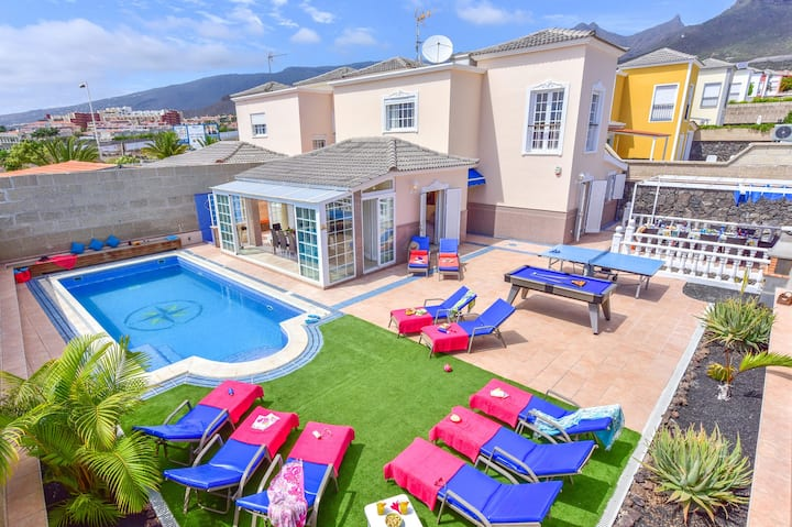 VILLA TEIDE SOL, piscina climatizada, Costa Adeje