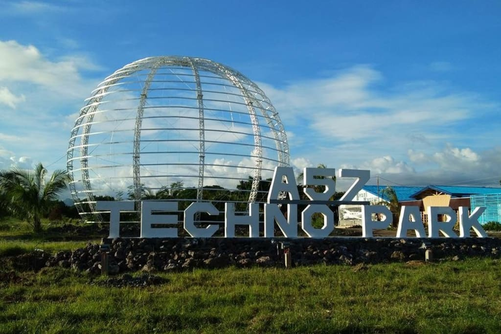 We are located within this A57 Techno Park, a few kilometers from the Mati City Center.