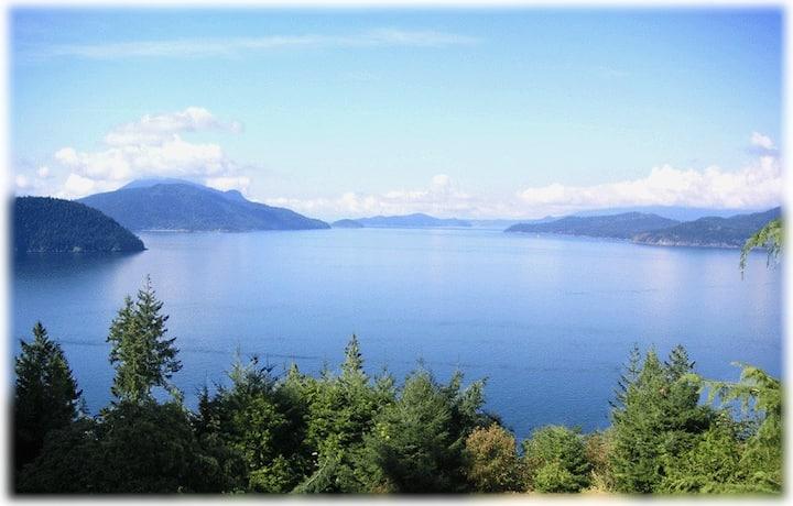 Luxury Log Home-Vancouver Serenity
