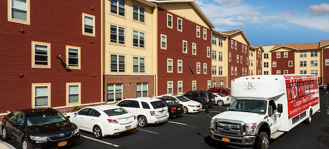 CBC-2 Bedroom Apt.-5 mins to Syracuse University - Syracuse