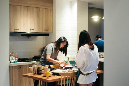【SANHAI叁海1.0  】105㎡日式和风两居室 免费早餐 步行可至海边 交通便利