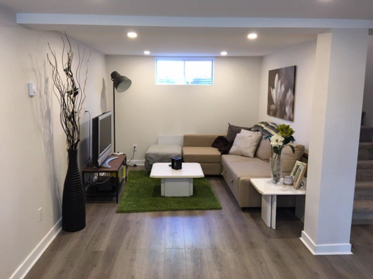 Private living space with Cable TV and pull out bed