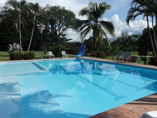 Wonderful Farm in Santa Fe de Antioquia - Santa Fe de Antioquia - Casa