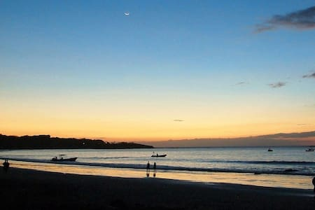 BEST  LOCATION IN TOWN - Tamarindo