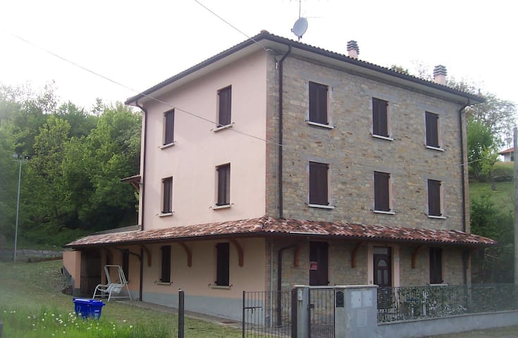 Appartamento in casa sasso a vista - Musiara Inferiore - Appartement