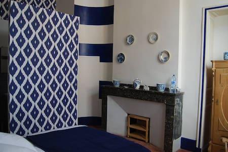 La Maison des Lumieres - Breskens - Beaumont-de-Lomagne - 精品酒店