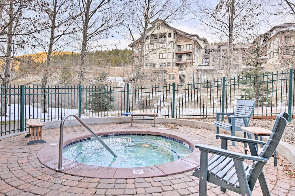 Take advantage of the community amenities during your stay including 4 hot tubs.