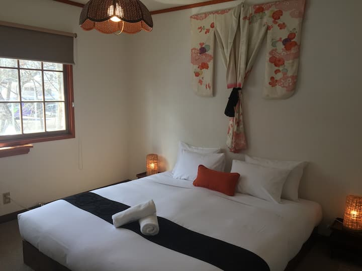 Lodge Blue Mount Hakuba, King/Twin/Triple Room 208