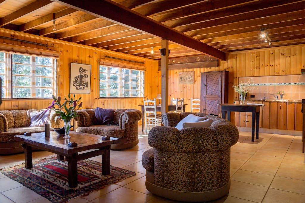 The Barn Tamborine Mountain Cliff Face Lodge Cabins