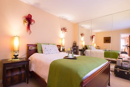 Best living room,bedroom & bathroom - Cliffside Park